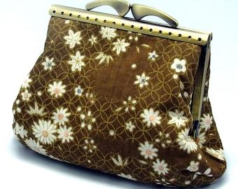SALE - Little chrysanthemum- Medium clutch / Coin purse (SF018) R1