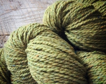 Yarn sale Wool knitting yarn - Peace Fleece worsted weight yarn for knitting - olive green knitting wool - Phoebe - wool knitting yarn