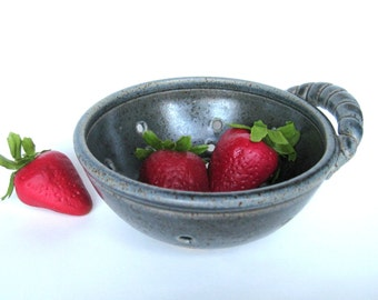 Small blue berry bowl / cup / colander with a rope handle, IN STOCK