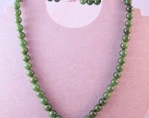 """Vintage 18.5"""" Nephrite Green Jade 9mm Bead Necklace w/Sterling Silver Clasp Jewelry Jewellery FREE SHIPPING"""