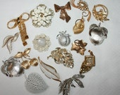 Lot of Vintage Broken Brooches - for Craft or Repair