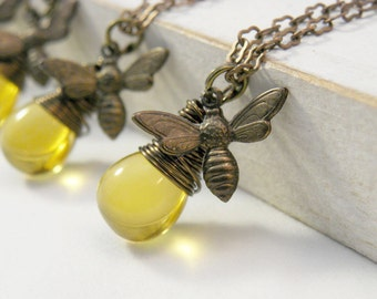 Bridesmaid Gifts, Set of Honey Bee Necklaces, Spring Wedding, Summer Wedding Gifts