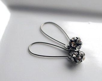 Elizabeth - Vintage Inspired Earrings