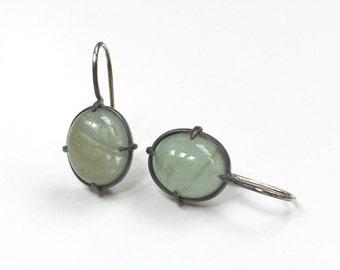 Green Beryl Oval Cabochon Minimal Style Earrings