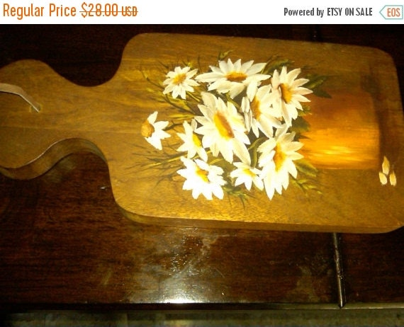 Hand Painted Daisies on Cutting Board--Lovely  Gift--15% off all 40 Dollar and under Vintage Listings