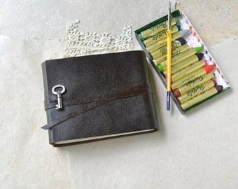 Key Journal - Brown Leather Watercolor Book