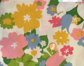 Twin Vintage Fitted Sheet with Large Bright Flowers