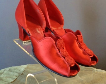 50s heels 1950s RED SATIN GLAMOUR Daniel Green d'orsay pin up slippers heels shoes sz 5.5 6