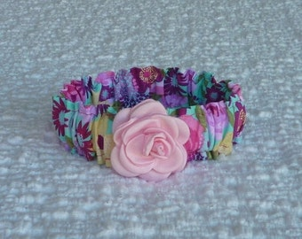 "Bouquet on Aqua Dog Scrunchie Collar with small satin rose - Size S: 12"" to 14"" neck"