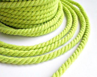 Twisted cotton cord, 6 mm, apple green, 1.5 meters