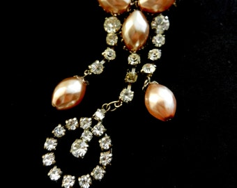 Antique brooch with  dangling pearls and rhinestones - Unusual 1940s beauty, pinkish pearls original brooch -- Art.17