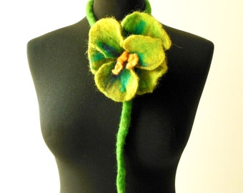felt flower green necklace lariat, spring accessories, fashion accessories, lariat scarf