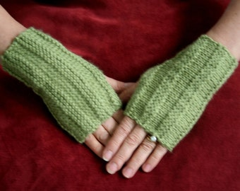 Knitted Ridges Fingerless Gloves Pattern