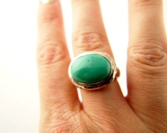 Turquoise Ring - Sterling Silver - Vintage Jewelry