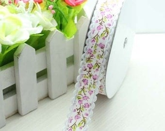 """3/4"""" .75 inch Purple Small Flowers on White Grosgrain with Curvy Edge Ribbon"""