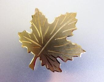 Pretty Vintage Sterling Vermeil Oak Leaf Brooch Pin