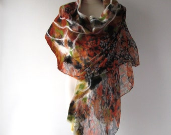Nuno felted  scarf,  leaf green yellow  scarf,   warm winter scarf,  leaves scarf , women felt shawl by Galafilc