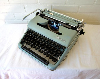 Blue Green Olympia SM4 Typewriter - Eliza - Professionally Serviced