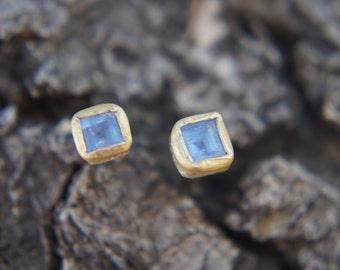 aquamarine Studs-solid 22k gold-Gold Studs-stud earrings-22k gold earrings- aquamarine earrings- gold stud with stone-aquamarine earrings