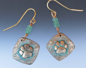 Dog paw earrings - paw jewelry - dog paw - paw earrings - dog lovers - bronze - patina jewelry - bronze earrings - dog paw jewelry - paws