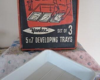 Vintage Yankee 5 x 7 Photo Developing Trays Original Box Red White & Blue