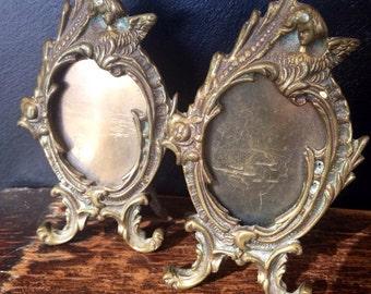 Vintage picture frame displays ~ frame  ~ Italian antique frame - Picture Frame - Gold Metal -Aged Patina