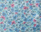 4 yds Vintage Blue Floral Cotton Print Quilting Fabric 1940s