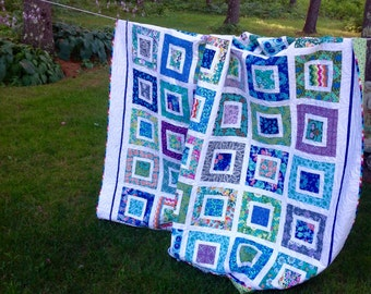 Modern Queen / Double quilt in Amy Butler's Violette fabric