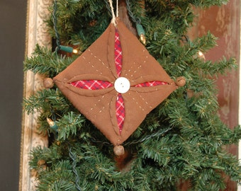 Christmas Star Cathedral Quilt Cupboard Ornie Vintage Button Brown Red Plaid
