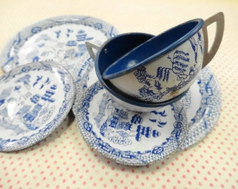 Vintage Miniature Tin Litho Dish Lot Blue Willow Asian Oriental Cup Saucer Plate Ohio Art Childrens Pretend Play
