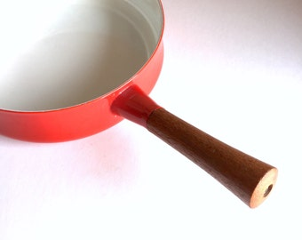 Vintage Cast Iron Enameled Saucepan - EJIRY Ampleur Japan - Teak Wood Handle - Vintage Kitchen - Rare Red Enamel - Chef Cookware Retro 1970s
