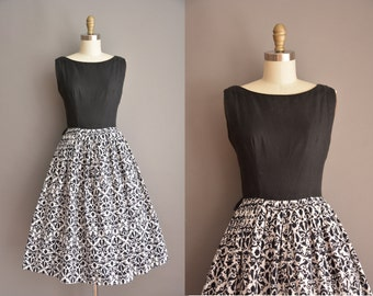 50s thick cotton black and white print vintage dress / vintage 1950s dress