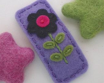 Felt hair clip -No slip -Wool felt -Navy flower -lavender