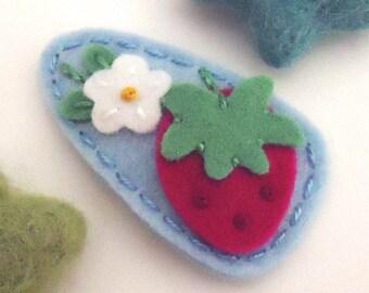 Felt Hair Clip -No Slip -Wool Felt -strawberry flower -pale blue