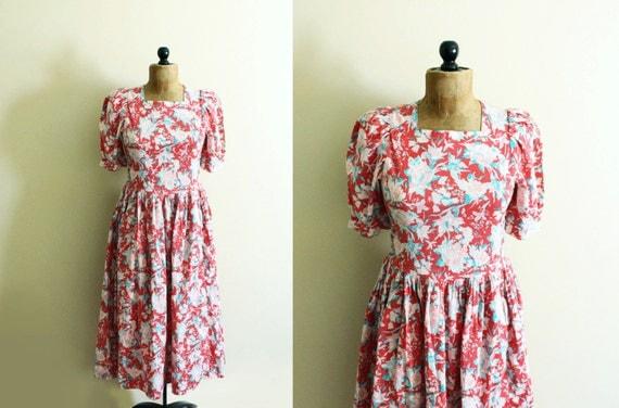 vintage robe laura ashley 1980 39 s floral imprim rose. Black Bedroom Furniture Sets. Home Design Ideas