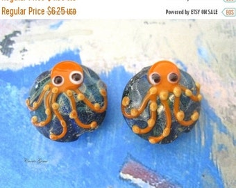 20% OFF ON SALE Reserve for D: Lampwork Glass Orange Cuttlefish Flat Round 20mm Beads, 3 pcs