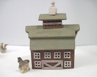 Primitive Wooden Barn - Country Farm Miniature