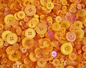 25 Orange Button Mix  Assorted Sizes  Sewing Crafting Jewelry Buttons (1319)