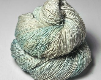 Dried mint leaves OOAK - Tussah Silk Fingering Yarn - LSOH