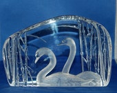Swedish artist Mats Jonasson In the quiet of Morning; A Lovely Pair of Gliding Swan Large Crystal Paperweight / Sculpture ~ On Reserve
