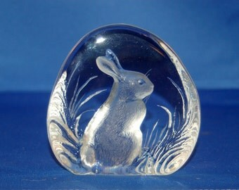 Swedish artist Mats Jonasson  exquisite Crystal / Glass etched RABBIT / Bunny Paperweight / Sculpture ~ number 2781 ~ Very Good ~ 6 of 42