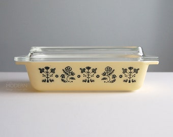 Vintage Pyrex Embroidery Yellow Black Space Saver With Clear Lid