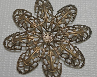 Natural brass flower pendant, 42mm - #2054