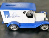 Vintage 1995 Ducks Unlimited ERTL 1923 Chevy Delivery Van Coin Bank