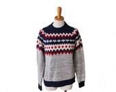 BLOWOUT 40% off sale Vintage 70s SKI Snowdrift Sweater - Red White Blue Gray - Men Medium Women Large