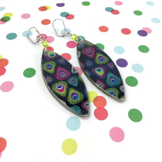 Long Resin earrings handmade, feathers, peacock, green, blue, purple, green glass bead, on stainless steel hook, les perles rares