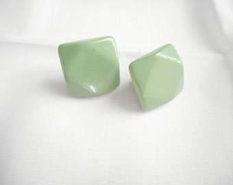 Vintage Plastic Green Seafoam Pierced Earrings
