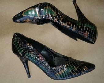 "80s Vintage Wild Pair green gold black genuine snakeskin 4"" spike high heel pumps shoes"