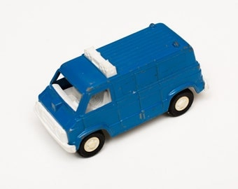 Tootsietoy Police Van, Diecast Law Enforcement Toy Vehicle, Vintage 70s