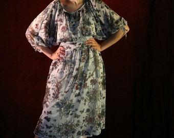 SALE Vintage 70s Floral Print Dress, Boho Peasant